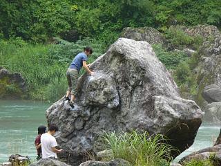 20060722御岳渓谷ボルダリンブ.JPG